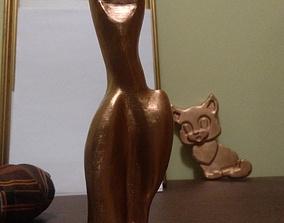 3D printable model statuette Women figurine