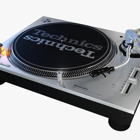 Technics SL-1200 MK7PS Turntable