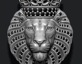 Lion pendant with diamonds and crown 3D printable model