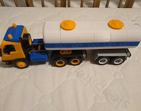 Long semi truck toy - fully 3D printable - with tank 1