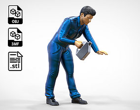 N5 Mechanic bend over Pouring Oil 3D print model