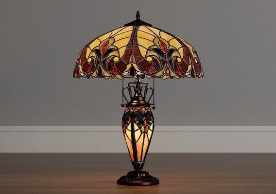Gracewood Tiffany-Style lamp (2)