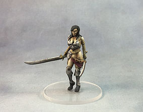 warrior woman 3D print model - 35 mm scale fighter