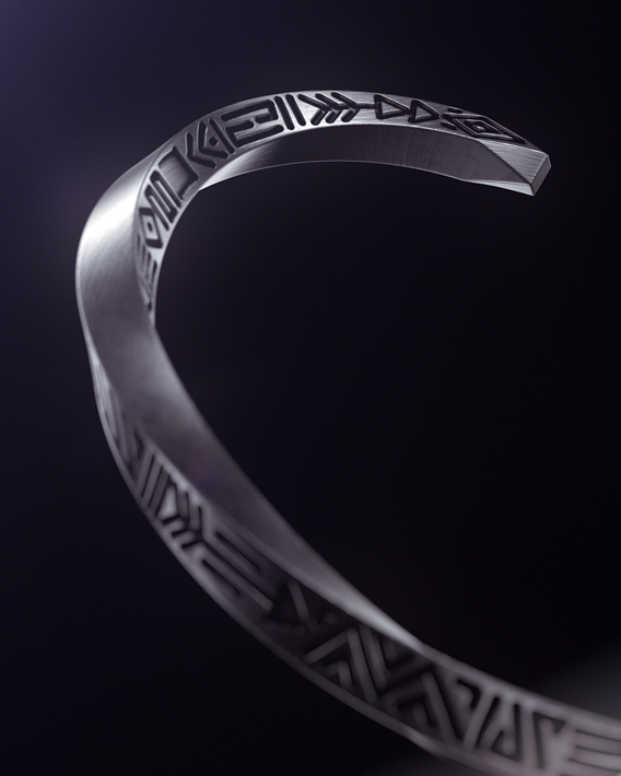 Bracelet modeling and rendering for a brand