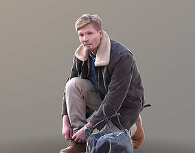 Andrew 10392 - Tying Shoes Casual Man 3D model