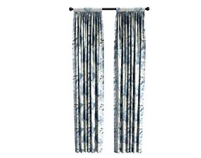 Curtains in livingroom 3D model