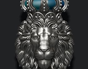 3D printable model Lion pendant with crown and closed