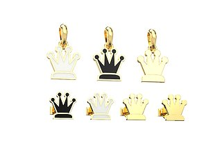 Queen pendant and earrings chess set 3D print model