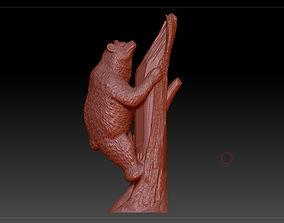 3D print model bear on tree