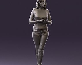 Blond woman with phone 0785 3D Print Ready