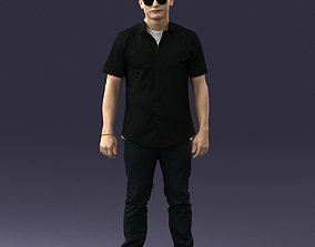 Man with glasses and a black shirt 0227 3D Print Ready