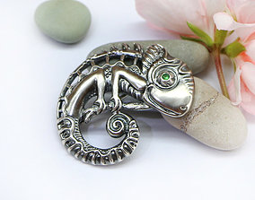 designs Chameleon brooch with stone - 3D model